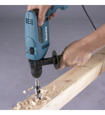 Taladro Percutor o Rotomartillo 680 W Makita